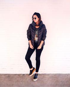 Samara Tavares usa look rocker com puff jacket