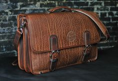 Mitchell Leather Factory - Exotic & Limited Edition - Classic - Horween Shrunken Bull Shoulder