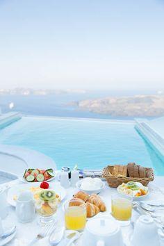 Breakfast | ANTELIZ SUITES FIRA HOTEL SANTORINI
