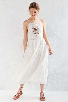 Kimchi Blue Needlepoint Apron Midi Dress | Super sweet midi dress with flower embroidery at the chest by forever feminine label Kimchi Blue. Featyres a fitted apron bodice with a straight, lace neckline + princess seams, topped with skinny straps that adjust to fit. Finished with a long, full skirt that looks so good in the summer breeze. | white