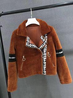 Fur Fashion, Leather Fashion, Urban Fashion, Fashion Dresses, Womens Fashion, Kids Fashion, Fashion Tips, Fur Clothing, Burberry Jacket