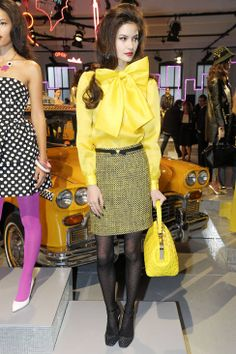 Can you name anything more cheerful than a big yellow bow? Kate Spade Fall 2013 #NYFW
