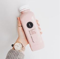 Strawberry Mylk • Fresh strawberries with almond mylk, cashew cream and vanilla bean, now that's a perfect Friday morning TREAT! (photo via @julietgisele) • Pressed Juices – Positively Life Changing