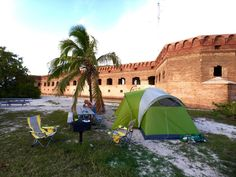 Dry Tortugas National Park : Simply Magical - Tiny Shiny Home Florida Vacation, Florida Keys, Vacation Trips, Vacations, Dry Tortugas, Florida Springs, National Parks Usa, Family Road Trips, Camping Guide