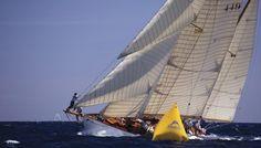 El Elilean, navegando en Antiga