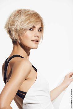 Naturelle et toute en légèreté ! La Matt Effect Paste souligne l'effilage de la coupe. #merci #anniversaire #couleursprecieuses #40ansdepassion #passion #franckprovost #franckprovostparis #hair #cheveux #coiffure #femme #women #sublimeforever