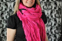 DIY: ruffles and fleece scarf