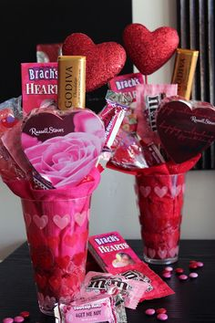 I am going to do a version of this. I will add tissue flowers, use a dixie cup with a paper sleeve colored by the kids, and not put so much candy, maybe also add some drink mixes. Tada- teacher gifts!!