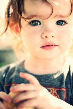 i want cute baby girls! Precious Children, Beautiful Children, Beautiful Babies, Beautiful Eyes, Pretty Eyes, Little Babies, Cute Babies, Baby Kids, Little People
