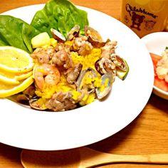 アサリを味噌汁以外で楽しみたかったので。 - 6件のもぐもぐ - シーフードパエリア、タラモサラダ、冷たいコーンスープ by marikomushi