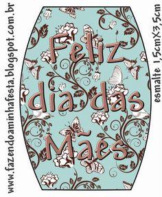 http://fazendoaminhafesta.com.br/2012/05/rotulos-de-esmalte-para-o-dia-das-maes.html
