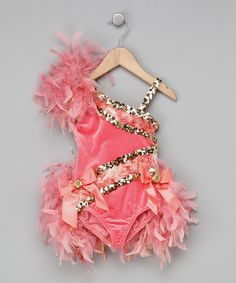 would be adorable for M to wear for circus themed party :)