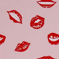 Pink Lips Gift Wrap
