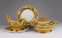 Tureen, sauce boat and compotier with daffodil decoration by Anonymous from Germany or Russia, first half of the 19th century, Muzeum Narodowe w Warszawie (MNW)