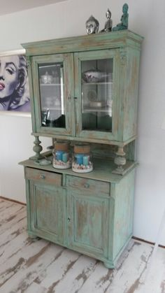 Old age cabinet