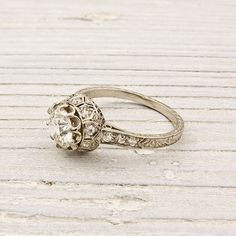 Beautiful antique ring. things-i-will-never-admit-to-pinning