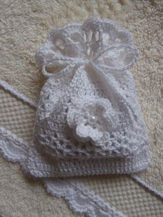 Knitting Patterns Onesie Excited to share this item from my shop: Twin onesies Twin knitted outfit Newborn twin outfits… Crochet Sachet, Crochet Gifts, Crochet Home, Diy Crochet, Bunting Pattern, Knitting Patterns, Crochet Patterns, Crochet Wedding, Crochet Purses