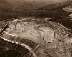 Vik Muniz, Earthworks, 2002