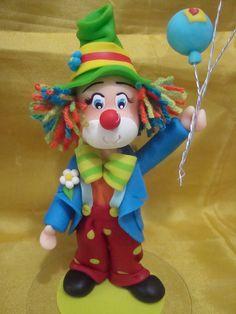 Palhaço segurando balões 02   Atelier Feito à Mão   Elo7