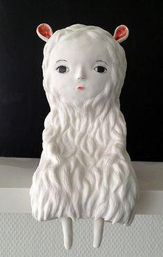 Selection of ceramics by French artist Nathalie Choux. Ceramic Clay, Porcelain Ceramics, Ceramic Pottery, Pottery Art, Painted Porcelain, Fine Porcelain, Kitsch, Art Jouet, Porcelain Dolls Value