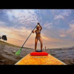 Nice pic @melissaaaamc -  #tbt  Paddleboarding with @omgitssamx0 and @tayylorrpaiggee! #throwback #standuppaddleboarding #longisland #gopropictures #gopro #SUP #paddleboarding #paddleboarder #repostmysup #stand_up_paddle @stand.up.paddle @stand_up_paddle @go.photography_ @go.oftheday @goenthusiast #goenthusiast #Regrann by stand.up.paddle