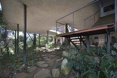 Galería de Clásicos de Arquitectura: Casa de Vidrio / Lina Bo Bardi - 18