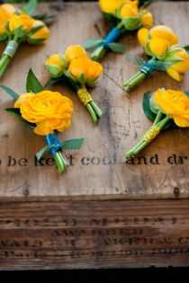 buttonholes Style Me Pretty | Gallery