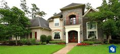 6 Tips for Hiring the Perfect Landscaper. Is your yard ready for fall?