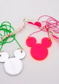 These mouse necklaces by NY designers Atsuyo Et Akiko make me happy. Tween Girls, Mini Me, Washer Necklace, Chain, Christmas Ornaments, Holiday Decor, Designers, Necklaces, Princess