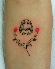 Tattoos With Kids Names, Tattoos For Women Small, Small Tattoos, Cool Tattoos, Time Tattoos, Sleeve Tattoos, Tatoo Rose, Grandma Tattoos, Muster Tattoos
