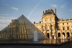 One of the not-to-miss sights in Paris is the Louvre Museum, possibly the most famous museum in the world with a fabulous collection. It is housed in the Louvre Palace, once home to France's Royal Family.