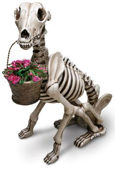 A cute little statue for the ol' gothic garden.