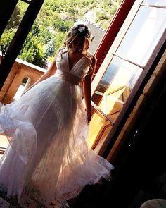 Le nostre bellissime spose  #lebaobab #sposa #weeding #weddingdress #sartoria #bride #bridedress Le Baobab, Weeding, Bride, Wedding Dresses, Instagram, Bridal Dresses, Grass, Bridal Gowns, Weed Control