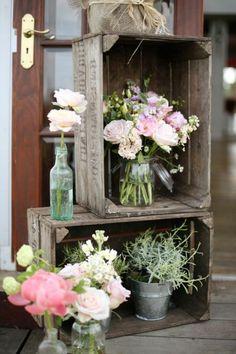 Le printemps est arrivé ! Servez-vous de bocaux Le Parfait en guise de vase pour vos fleurs