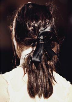 Satin bow + Satin Hair = Instant Luxe - www.fashionara.com