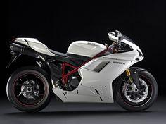 2010 Ducati 1198S  Hersteller:Ducati Land: Baujahr:2010 Typ (2ri.de):Supersportler Modell-Code:k.A. Fzg.-Typ:k.A. Leistung:170 PS (125 kW) Hubraum:1.198,4 ccm Max. Speed:280 km/h Aufrufe:5.969 Bike-ID:2236