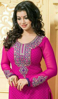New Fashion : Bollywood girls Beautiful Girl Photo, Beautiful Girl Indian, Most Beautiful Indian Actress, Bollywood Girls, Bollywood Fashion, Beautiful Bollywood Actress, Beautiful Actresses, Bollywood Actress Hot, Beauty Full Girl
