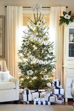 Magnolia Christmas Tree