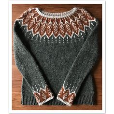 Fair Isle Knitting Patterns, Knitting Designs, Crochet Cross, Knit Crochet, Punto Fair Isle, Norwegian Knitting, Icelandic Sweaters, Nordic Sweater, Pulls