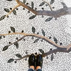 I Have this thing with tiles. Amazing pic by // keep tagging Natural Flooring, Best Flooring, Mosaic Diy, Mosaic Tiles, Tiling, Selling Jewelry Online, Woodland House, Rug Inspiration, Tiles Texture