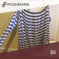 Off the shoulder long sleeve Never worn! Great condition Cotton On Tops Tees - Long Sleeve