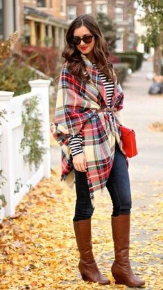 Blanket scarf, striped top, denim, cognac riding boots