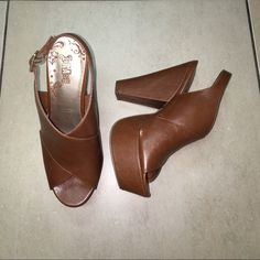 Cognac wedges Worn twice minimal wear cognac wedges with chunky heels very cute ! Great for summer time  has gold hardware Trash Shoes Heels