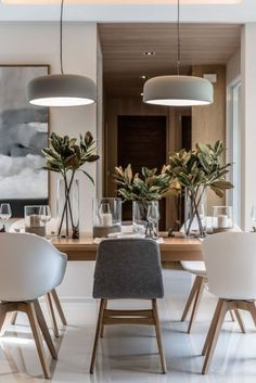 Dining Room Inspiration: 10 Scandinavian Dining Room Ideas You'll Love Living Room Interior, Home Interior Design, Interior Lighting Design, Kitchen Interior, Bar Interior, Interior Design Inspiration, Sweet Home, Dinner Room, Dining Room Lighting