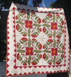 border idea for four seasons quilt 19c Handmade Quilt Pennsylvania Dutch Museum Qual Applique Red Green Cheddar eBay sold 1215.00. ...~♥~