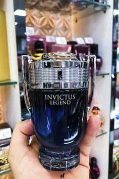 Best Perfume For Men, Best Fragrance For Men, Best Fragrances, Perfume And Cologne, Perfume Oils, Perfume Bottles, Bath Body Works, Best Mens Cologne, Dolce E Gabbana