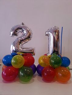 21st birthday balloons, cute table posies!