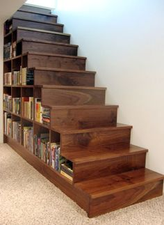 10 Under Stair Storage Ideas that Make Your House Look Stunning 18 Useful Designs for Your Free Under Stair Storage Take advantage of unused space under the basement stairs with these inexpensive (and DIY! Staircase Bookshelf, Staircase Remodel, Stair Shelves, Stair Ladder, Staircase Ideas, Staircase Design, Diy Storage Shelves, Stair Storage, Storage Ideas