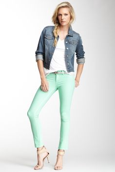 Cool outfit idea for my ridiculous mint jeans