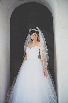♥ Nayara Tognere   Tulle - Acessórios para noivas e festa. Arranjos, Casquetes…